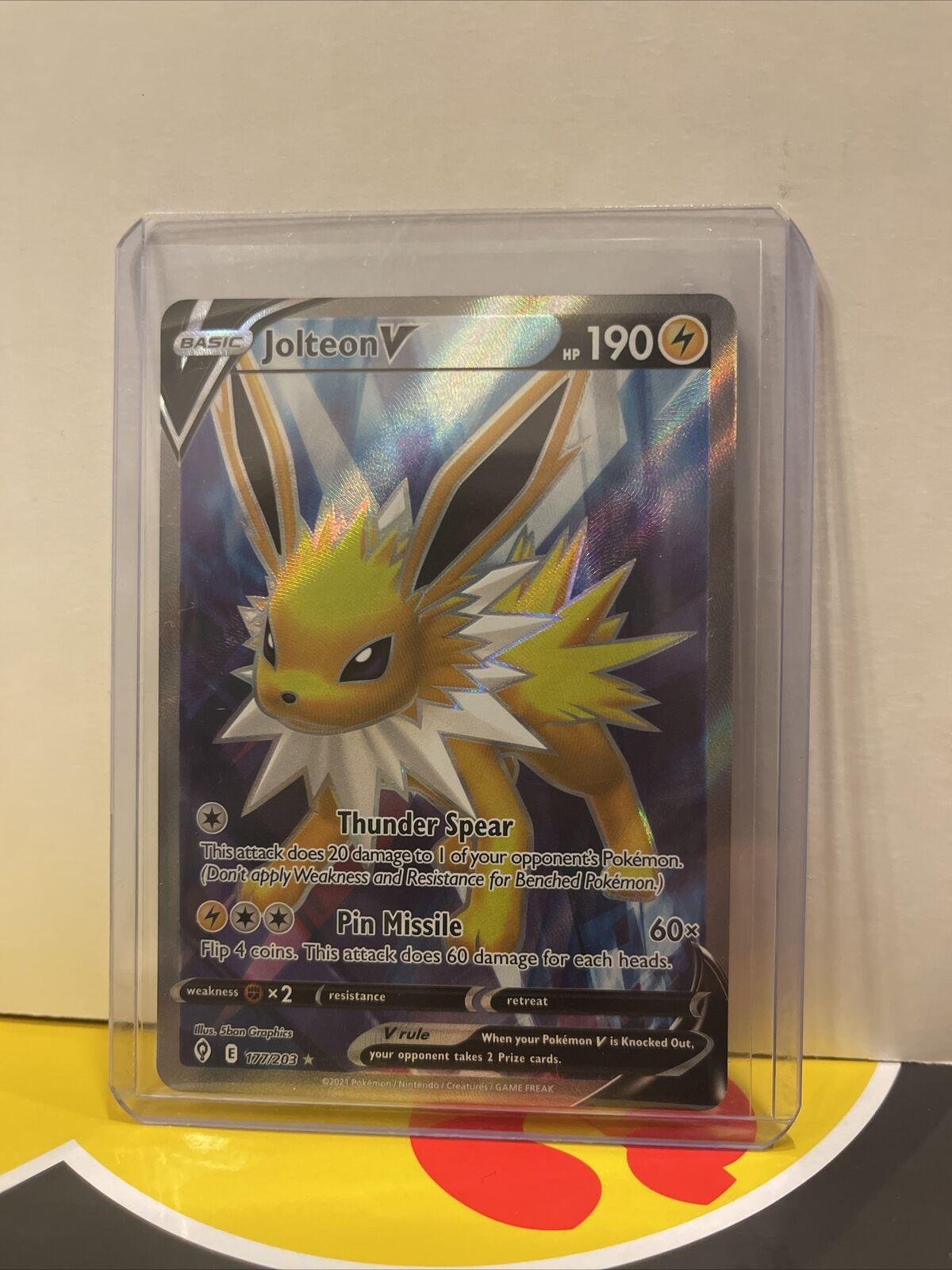 Jolteon V 177/203 Full Art NM/M Evolving Skies Pokemon Card