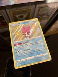 Pokémon TCG Eiscue Shining Fates SV035/SV122 Holo Shiny Holo Rare
